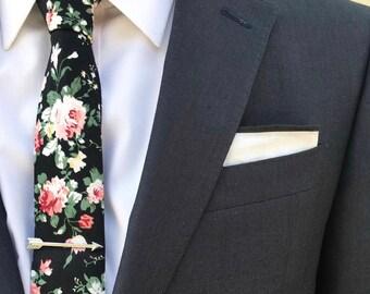 Black Floral Skinny Tie,Floral Tie, Retro Tie, Casual, Men's, Groomsmen , Vintage , Handmade , Wedding , Gift ,Skinny, Classic, Necktie,Prom