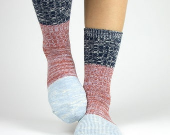Cotton Color Block Two-Tone Threads Crew Socks for Women Navy Red