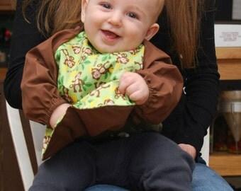 Long-sleeved Infant / Toddler Bib with pocket