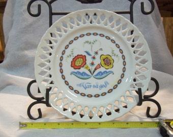 """Vintage """" Var Sa God"""" Swedish Lattice Edge Plate"""