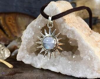 Sun pendant w/Moonstone