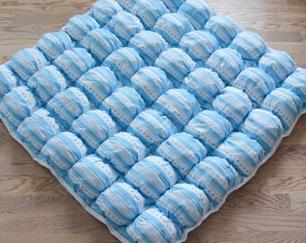 READY TO SHIP! Blue Stripes bubble quilt | bubble play mat | puff quilt | tummy play mat | baby quilt | baby blanket | phuffball quilt