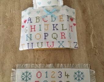 Sampler Style Alphabet Print Bedding Set for Sylvanian Families Single Bed or Semi Double. With Floor Rug