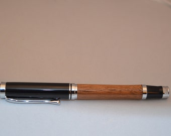 Beautiful pen, rollerball style