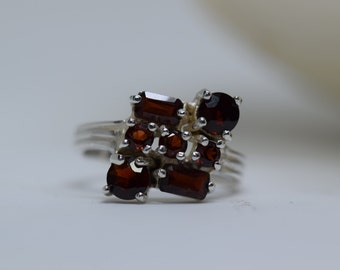 Red Gemstone 925 Silver Vintage Multistone Ring, US Size 6.0, Used