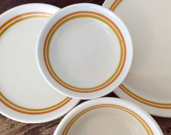 Vintage 1970s-1980s Shenango China Form SHO389 Incaware 29-Piece Dinnerware Set - Retro Diner | Commercial Restaurant Ware