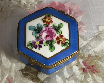 Blue china hexagonal box