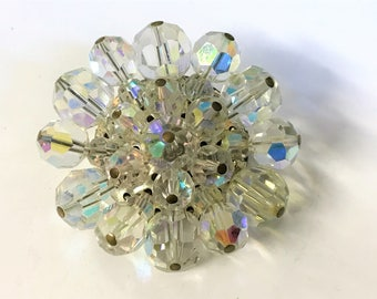 A Lovely Vintage Sparkly Aurora Borealis Glass Bead Cluster Brooch