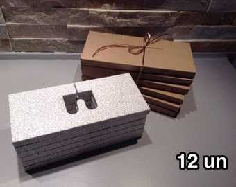 12 envelopes postcards, less than 2 cm slot of doom, recycled kraft cardboard jewelry, ETSY sellers, protection, ultra light