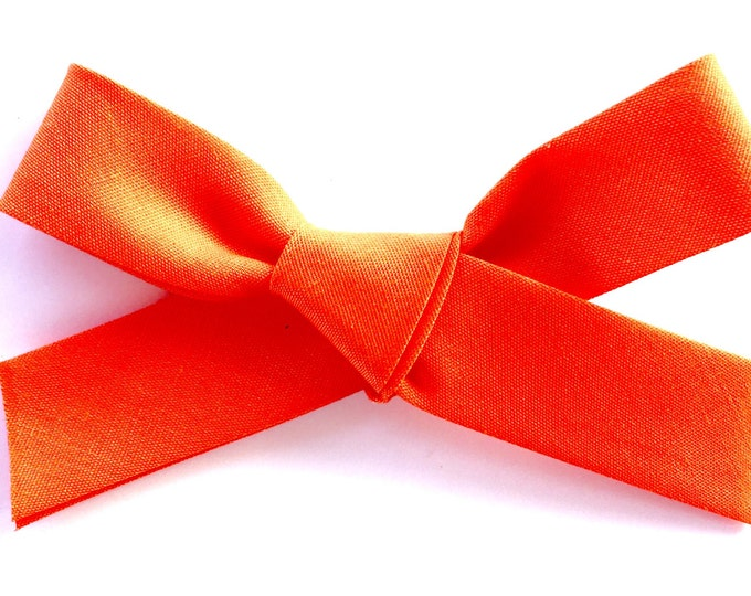 Large Retro Bow || orange