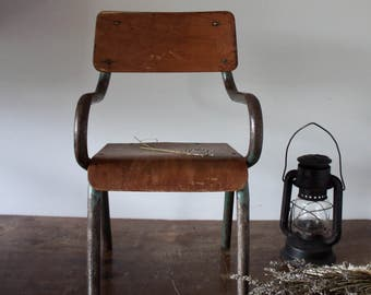 Child's Chair (French)