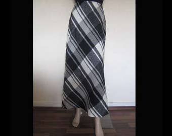 Vintage 80s high waist skirt wool skirt Maxi skirt Plaid skirt M