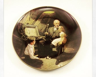 Norman Rockwell collector plate 1983 Grandpas treasure chest by Knowles china co usa plate only