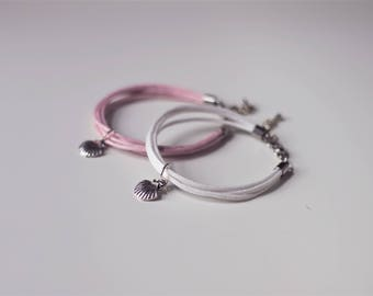 Pastel or white rope bracelet with charms vintage shell