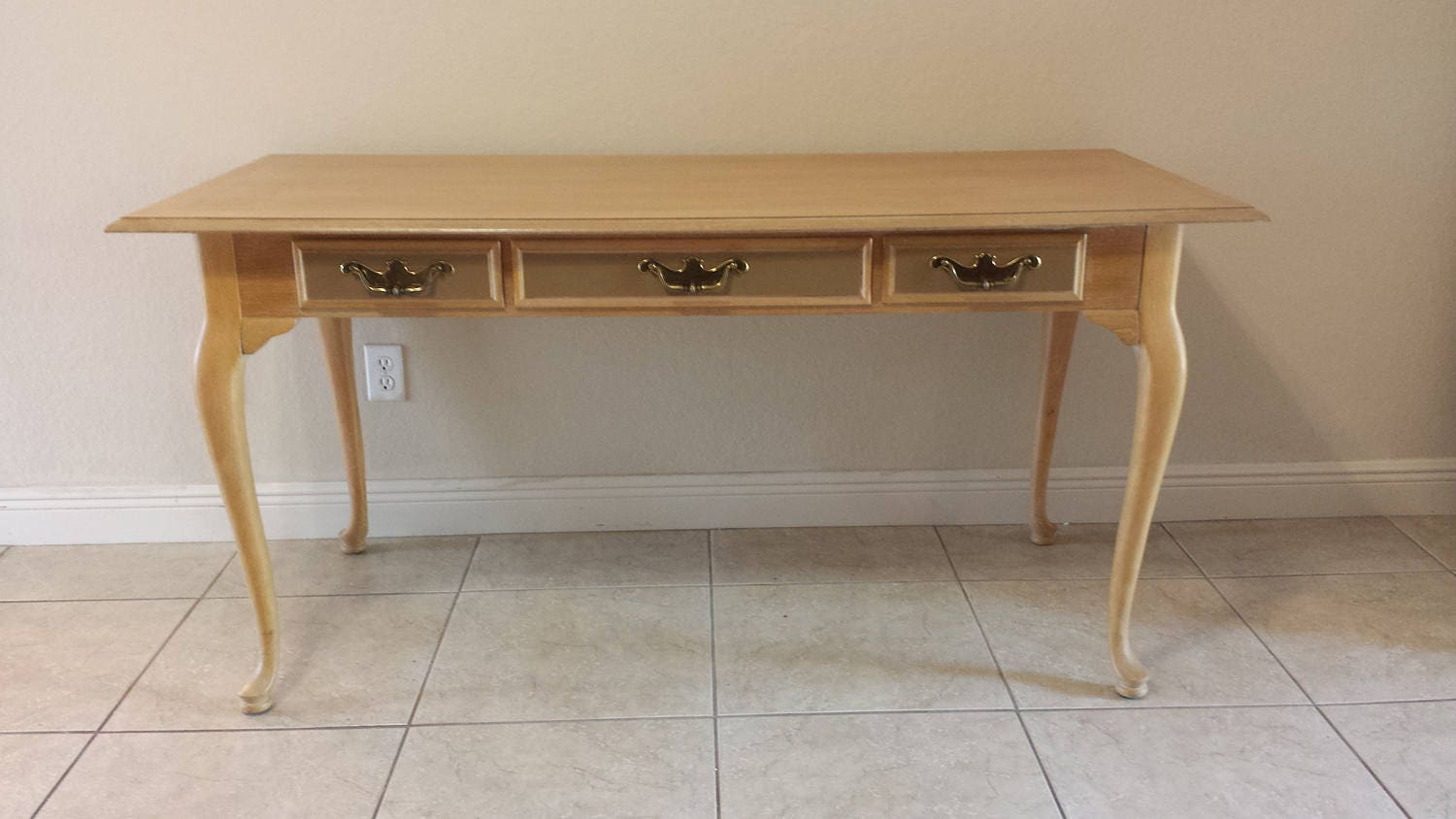Queen Anne Style Writing Desk By National Mt Airy Furniture
