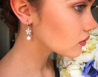 Bridal earrings, pearl earrings, drop earrings, silver earrings, flower earrings, crystal earrings, bridesmaid earrings, gift for her, prom