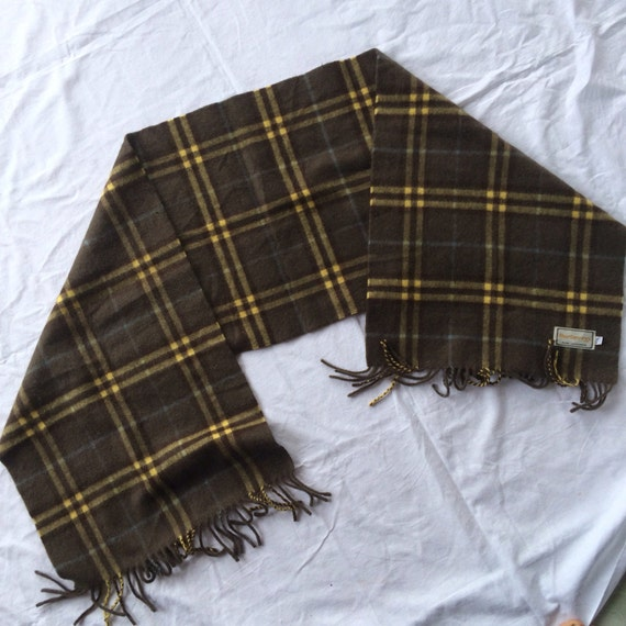 Vintage burberry muffler scarve
