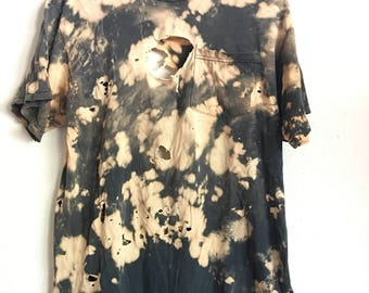 1990s BLEACHED DESTROYED Basic Vintage T Shirt // Size Large