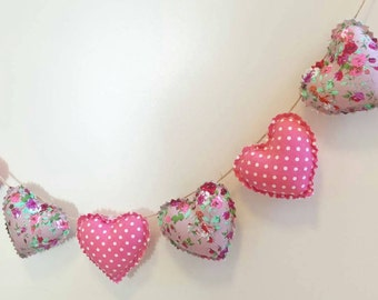 Hand Made Shabby Chic 7 Heart fabric Garland Bunting Purple Ditsy Floral Mauve Pink Spots