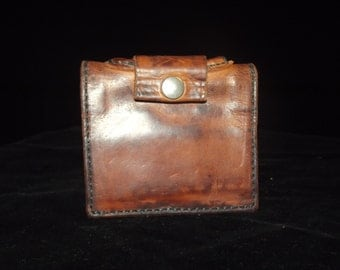 craftsmanship of luxury leather wallet
