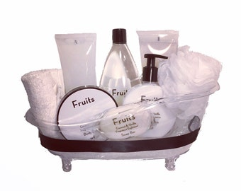 Coconut & Vanilla Bath Tub Set - Luxurious Toiletries infused with Natural Fruit and Plant Extracts packed in a Reusable Bath Tub