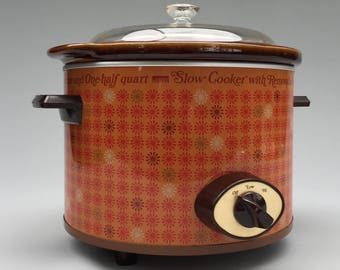 Vintage Slow Cooker by Montgomery Ward - Funky Retro 70s Daisy Pattern