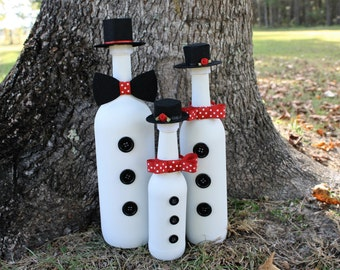 Snowman/Snowman Family/Frosty the Snowman/Family Decorations/Christmas Decoration/Winter Decoration/Recycled Bottle/Handmade Decoration