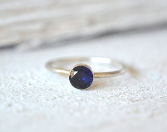 Blue Sapphire Ring. Sapphie Ring Silver, Dainty Sapphire Ring, Blue Gemstone Ring, Sapphire Stacking Ring, Silver Blue Sapphire Ring