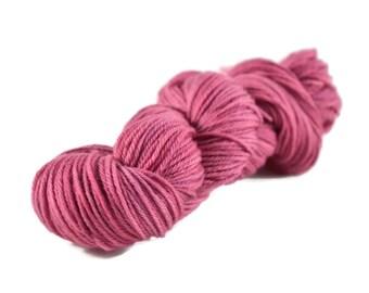 Worsted Yarn, Superwash Merino yarn, hand dyed, worsted weight yarn, wool yarn, 100% Superwash Merino, pink, berry - Mulberry