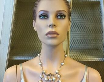 Unique Pearlescent Vintage Necklace / Modern Twist Pearl Necklace