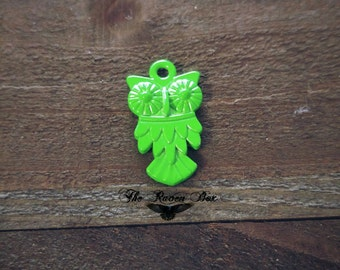 Owl Charm Pendant Bird Charm Neon Charm Green Charm Metal Pendant Nature Charm Charms by the Piece