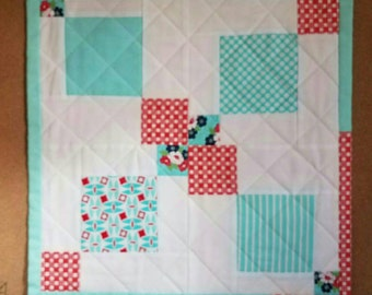Disappearing Nine Patch Mini Quilt