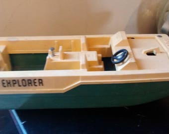 "Vintage 1976 Fisher Price Sea Explorer 12"" Boat Adventure People 310"
