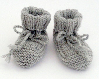 Bootees handknitted with soft merino wool 0 - 3 months.