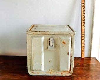 XL Vintage Ammo Crate