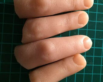 Severed finger gelatine prosthetic