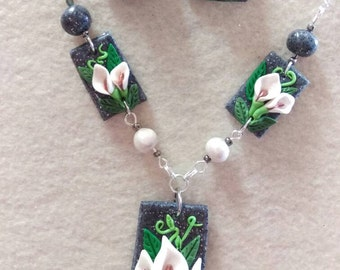 Calla lily jewelry set.