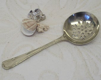 Sugar sifter spoon by William R. Humphreys & Co Sheffield, silver plated Victorian. Dredger spinkler serving kitchenalia dining Late 1800s