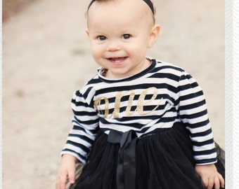 First birthday outfit, 1st birthday dress, black tutu dress with gold letters, cake smash outfit, dress for girls first birthday