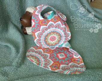 FREE SHIPPING-Baby Bib and Burp Cloth Set-Baby Shower Gift Set-Baby Girl-Reversible-Baby Girl Bib and Burp Cloth Set-Soft Colors-Boho