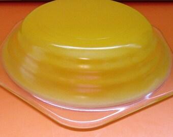 Retro Gift. Yellow Glass Bowls. Retro Glass Bowls. Retro Bowls. Bright Yellow Glass. Cereal Bowls. 1980 Bowls. Yellow Glass.