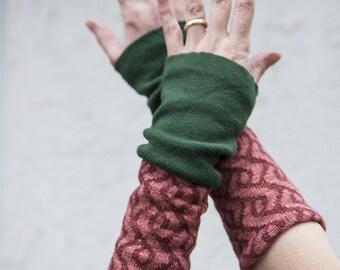 "Arm warmers ""Mira-Saxon Braid"" Upcycling piece fed"