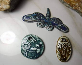 3 handmade artisan ceramic jewelry components / dragonfly, leaves, flowers, DIY Set #612