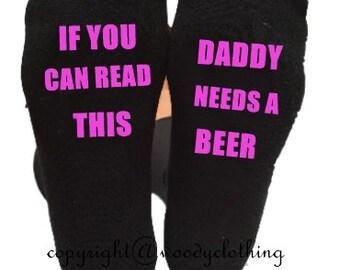 If you can read this bring daddy beer, novelty socks, christmas socks, mens socks, black socks, dad beer, christmas gift