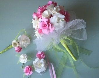 Wedding set: bridal bouquet, groom badges, flowers Hasrklammern and flower bracelet
