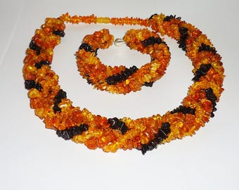 Natural Baltic amber necklace and bracelet
