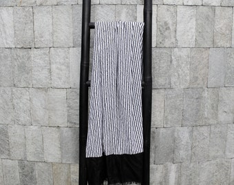 Paris White Linen Beach Towel