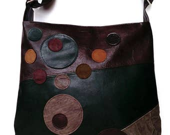 Attractive large Faux leather shoulder bag, Multi color handbag, Full Zipped Up cross body bag, Everyday messenger bag, City cross body bag