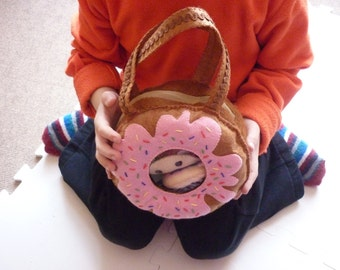 Donut-shaped bag  PDF
