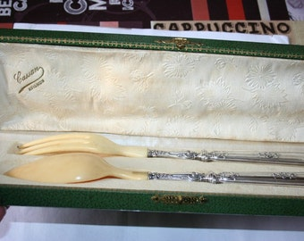 Salad serving utensils from the early 20th century, Louis XVI style.